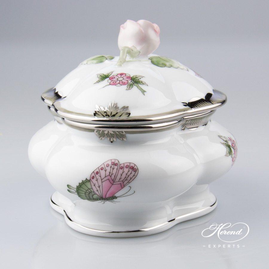 带盖万宝盒 – 维多利亚女王白金款 – 赫伦细瓷