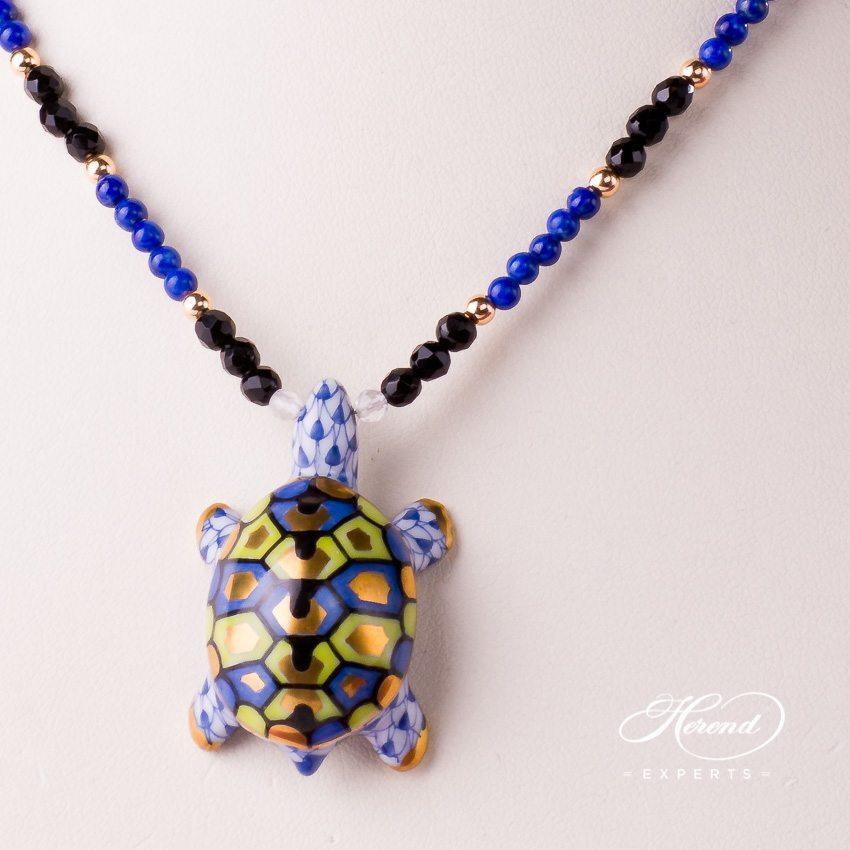 乌龟项链 – 藏青色 – 赫伦细瓷