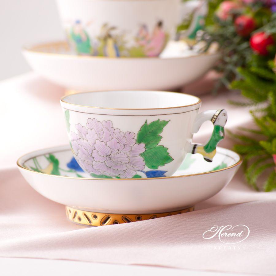 茶 / 咖啡杯 – 带蝴蝶的牡丹花 – 赫伦细瓷